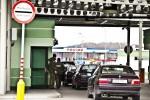 3359131--odbaveni-zdrzuji-rusove-rikaji-polaci--foto Vét Pohanka